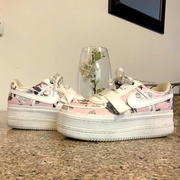 Nike Shoes   Nike Pink And White